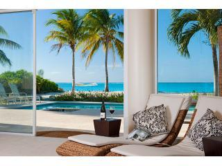 Villa Del Sol: luxury beachfront, Grace Bay beach! - Leeward vacation rentals