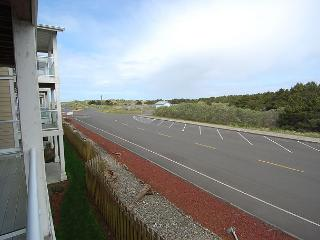 Luxury beach condo.  Walk to beach & lighthouse! - Westport vacation rentals
