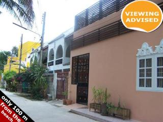 Townhouses for rent in Khao Takiab: T0012 - Nong Kae vacation rentals