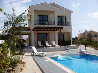 Villa Narcissus, Secret Valley, Paphos Heated Pool - Paphos vacation rentals