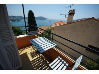 Stylish apartment + amazing views over the sea - Cote d'Azur- French Riviera vacation rentals
