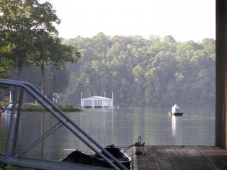 Yellow Creek Lodge, Pickwick Lake, TN and MS. - Pickwick vacation rentals