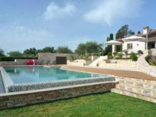 Sea and mountain views, 2 minutes from Valbonne - Image 1 - Valbonne - rentals