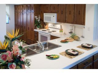 Kitchen - 2bd/ 2ba Ocean View  Villa in Kona Coast Resort - Kailua-Kona - rentals