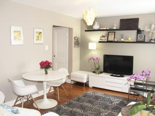 Gorgeous Designer One Bedroom in Best Location - 2 Blocks to Metro - Washington DC vacation rentals