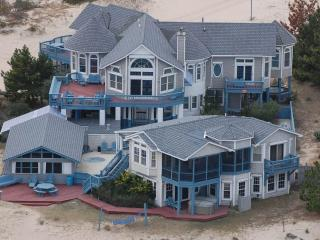 OBX Oceanfront Estate /3 buildings on 3 acres!!! - Duck vacation rentals