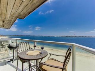 Ginny's Riviera Villas Condo on Mission/Sail Bay - San Diego vacation rentals