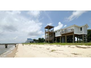 Beach House-beach-water line - Oceanfront - steps to the beach - pet friendly - Ocean Springs - rentals