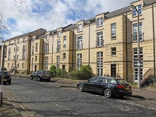 4 *  EDINBURGH CITY CENTRE APARTMENT with PARKING - Edinburgh vacation rentals