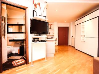Petite Home in Rome in Trastevere - Rome vacation rentals