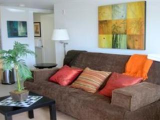 Modern Studio - steps to beach (*Monthly Only) - Image 1 - Capitola - rentals