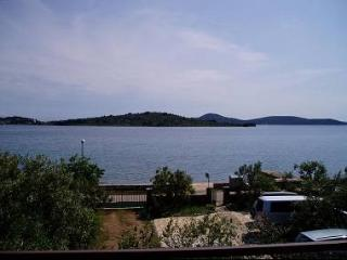 2320 A4(2+1) - Vodice - Northern Dalmatia vacation rentals