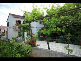 2517  A2 SMEĐI(2+2) - Supetar - Supetar vacation rentals