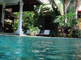 HIDDEN GARDEN VILLA #1 LEGIAN Safe & Secure - Legian vacation rentals