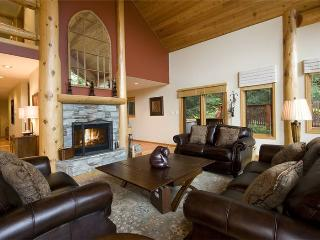 Falcons Nest | Whistler Platinum | Private Hot Tub - Whistler vacation rentals