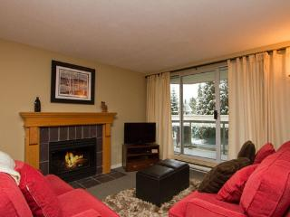 Woodrun 211 | Whistler Platinum | Ski-In/Ski-Out - Whistler vacation rentals