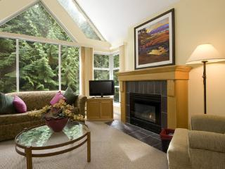 Woodrun 612 | Whistler Platinum | Ski-in/Ski-Out - Whistler vacation rentals
