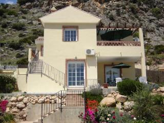 Casa Sunflower - New Villa Fantastic views, 2+1bed Private Pool - Malaga - rentals