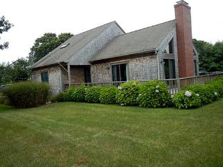 1568 - Wonderful Cape with Central Air Conditioning - Edgartown vacation rentals