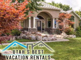 Luxury Hm Near SLC+Huge Yard+Theater+Hot tub+Games - Salt Lake City vacation rentals