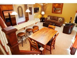 Dining room - Downtown Luxury 2 bedroom condo-1st class comfort - Leavenworth - rentals