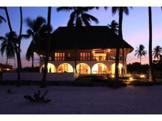 Villa Turquoise with sunset - Luxurious Villa on the beach in Zanzibar - Matemwe - rentals