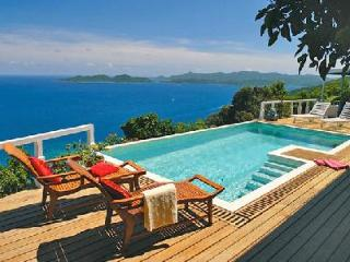 Toa Toa House - Impressive hideaway offers pool, beautiful sunsets & convenient location - British Virgin Islands vacation rentals