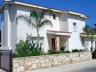 Modern 3 bedroom villa - free wifi - 300m from the sea - Paphos vacation rentals