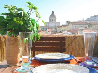 Amazing river view and Terrace in historic centre - Lisbon vacation rentals