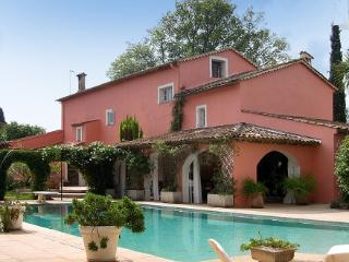 Cote d'Azur House for Family and Friends - La Maison Rose - Chateauneuf de Grasse vacation rentals