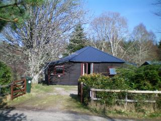 Loch Ness Hideaways:- Rowan Cottage - Loch Ness vacation rentals