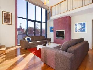 1/264 Glen Eira Road, Caulfield, Melbourne - Caulfield vacation rentals