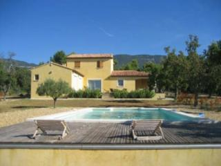 Great 3 Bedroom & 3 Bathroom House in Cucuron (117856) - Aix-en-Provence vacation rentals