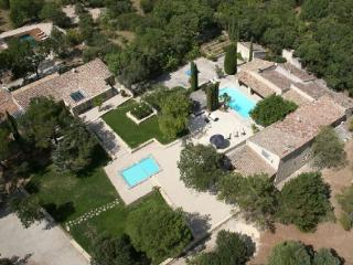 Comfortable House in Gordes (121495) - Aix-en-Provence vacation rentals