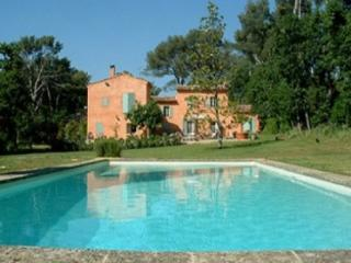 Perfect House with 4 BR-3 BA in Aix-en-Provence (25663) - Bouches-du-Rhone vacation rentals