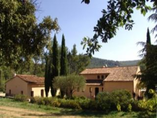 Le Castellet 7 Bedroom & 4 Bathroom House (26223) - Luberon vacation rentals