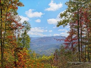 Amazing Views of the Great Smoky Mountains - 60