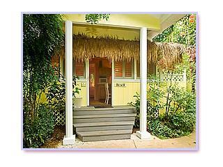 Exterior Front - Colleen's Dream - Charming Wailua Country Cottage - Kapaa - rentals