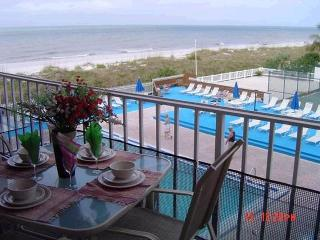 YOUR BEACH-FRONT HOME AWAY FROM HOME - Indian Rocks Beach vacation rentals