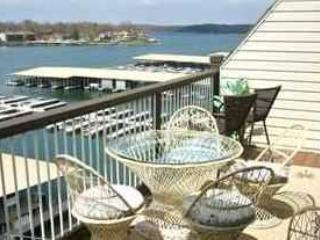 3 Bedroom 2 Bath Right on the Water, at THE LEDGES,TOP FLOOR WALK-IN--NO STEPS! - Osage Beach vacation rentals