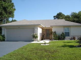 Wayne - lovely home with pool mins to everything - Rotonda West vacation rentals
