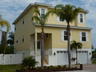 4 bed luxury upscale executive waterfront home - Anna Maria vacation rentals