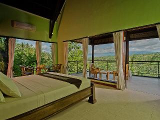 Hillside Eden Villa Bali.{Private Villa} - Payangan vacation rentals
