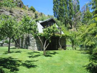 Trelawn Cottage - New Zealand vacation rentals