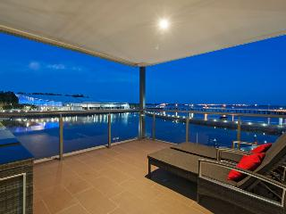 Neptuna - 3 Bedroom Darwin Waterfront Apartment - Darwin vacation rentals