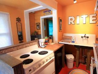 Cheery Asheville Artist Studio-2 miles to Downtown - Asheville vacation rentals