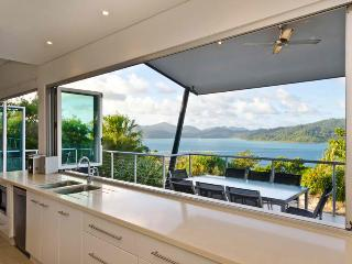 Peninsula 4 Endless Ocean View House - Whitsunday Islands vacation rentals