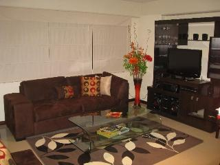 Apartment in Miraflores for tourists & executives - Peru vacation rentals