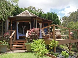 'Discover Aroma' at The Octagon Studio - Makawao vacation rentals