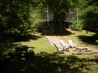 Garden:Best home on river.no other home like us !! - Helen vacation rentals